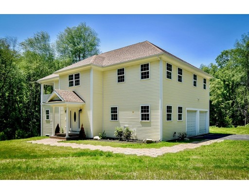 178 North St, Upton, MA 01568