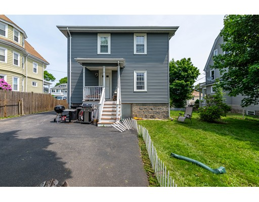 17 Bedford St, Quincy, MA 02169