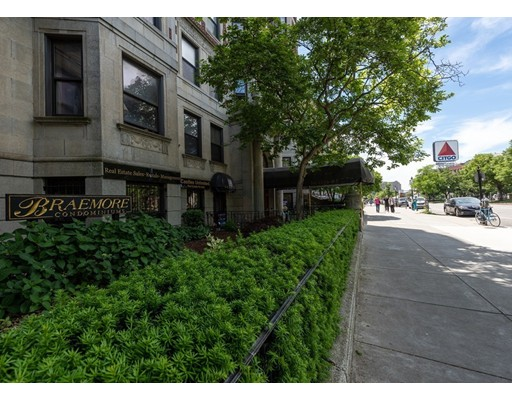 Condominium/Co-Op for sale in Breamore, 43 Back Bay, Boston, Suffolk