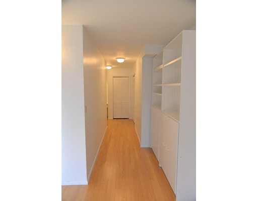 199 Coolidge Ave #302, Watertown, MA 02472