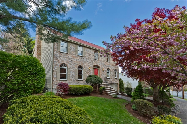 5 Mansion Road Wakefield MA 01880