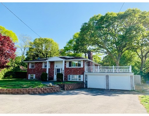 9 Stewarts Ave, Dennis, MA 02660