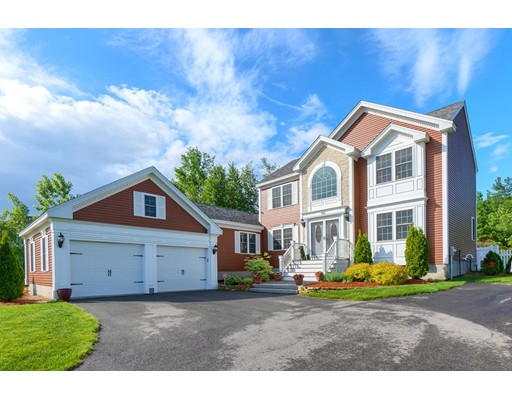 100 Candlewood Dr, Leominster, MA 01453