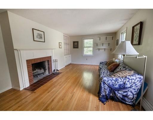 62 Bullard Rd, Princeton, MA 01541
