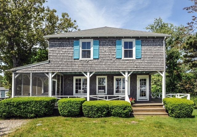 86 Manomet Avenue Plymouth MA 02360