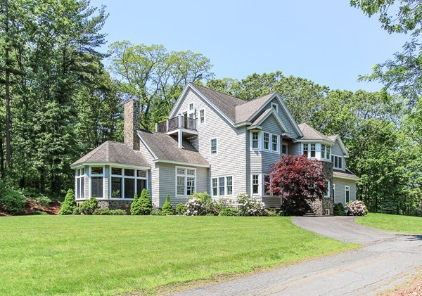 18 BEAVER POND Road Beverly MA 01915
