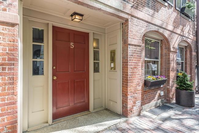 5 Myrtle Street Boston MA 02114