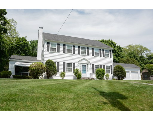 110 Lakeview Ave, Haverhill, MA 01830