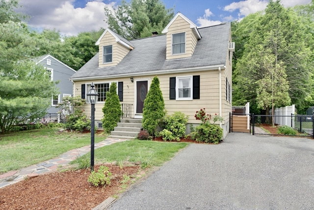77 Old Andover Road North Reading MA 01864