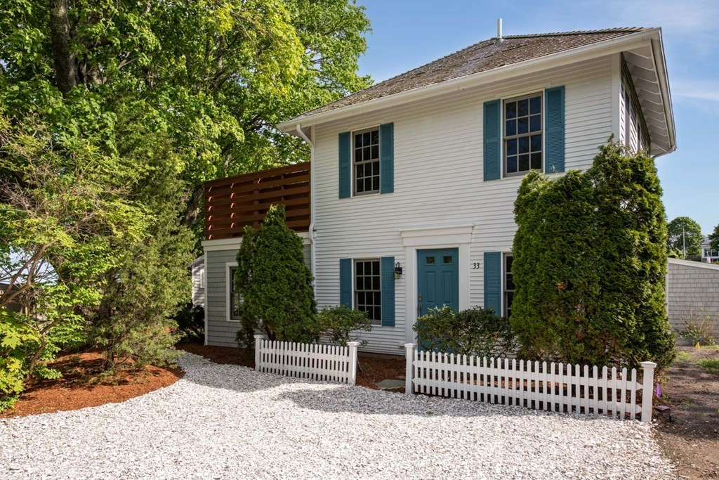 Photo of 33 Oyster Place Road Barnstable MA 02635