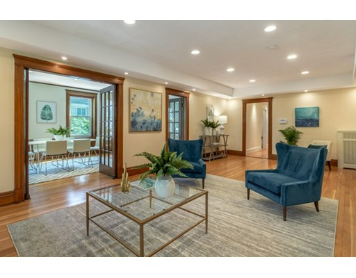 4 Fairbanks Street 3, Brookline, MA 02446