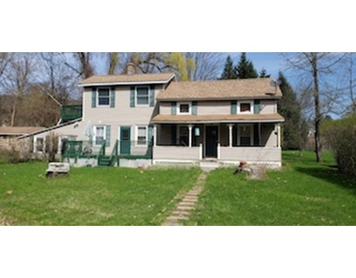 23 Maple St, Chester, MA 01011