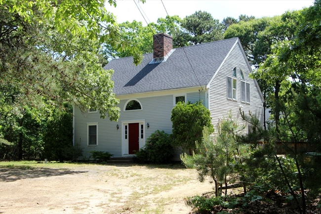 10 Hoyt Road Eastham MA 02642
