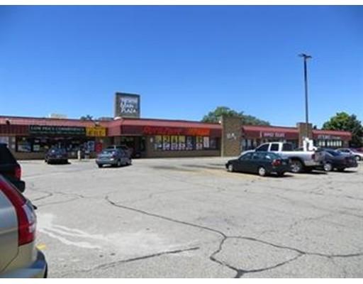 870 N Main St, Fall River, MA 02720