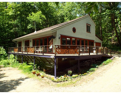 12 Howes Rd, Buckland, MA 01338