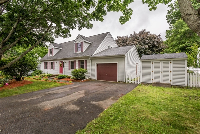 7 Gervais Way Methuen MA 01844