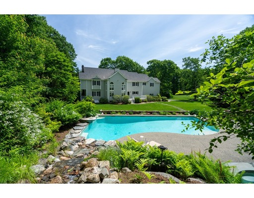 18 Francis St, Dover, MA 02030