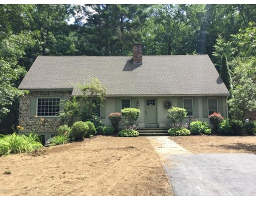 25 Berkshire Woods Rd, New Braintree, MA 01259