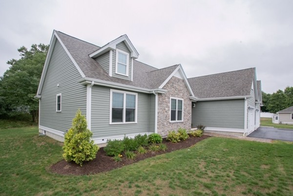 3 Pace Court Lakeville MA 02347