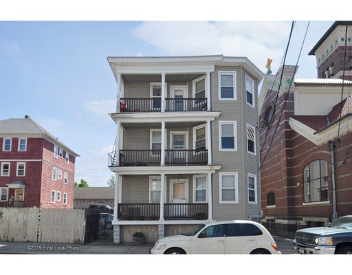 21 Russo St, Providence, RI 02904