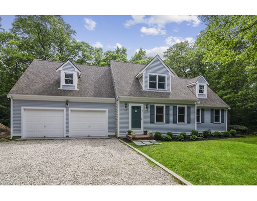 7 Hollidge Hill Ln, Barnstable, MA 02648