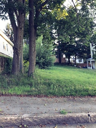 Lot 7 Glade Worcester MA 01605