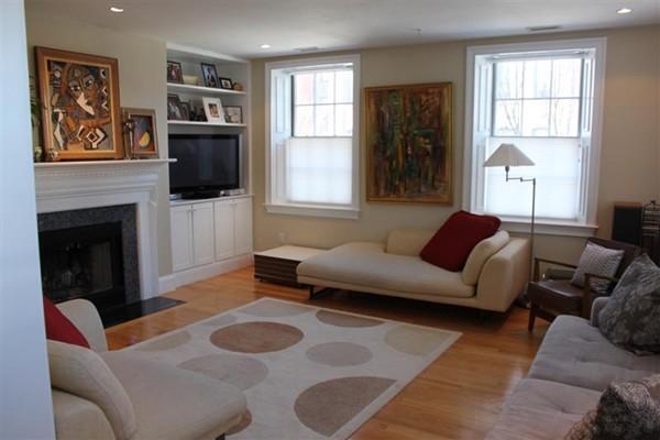 1724 Washington Street Boston MA 02118