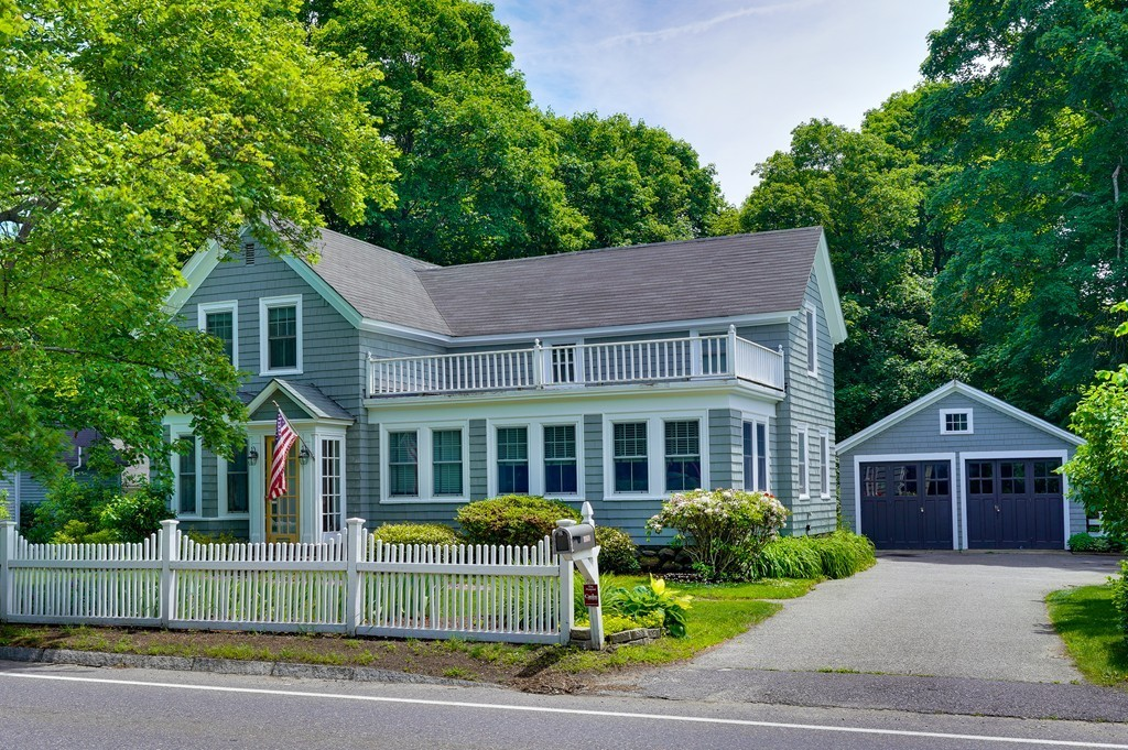 1869 Main St Concord Ma 01742 The Laurab Team Real Estate
