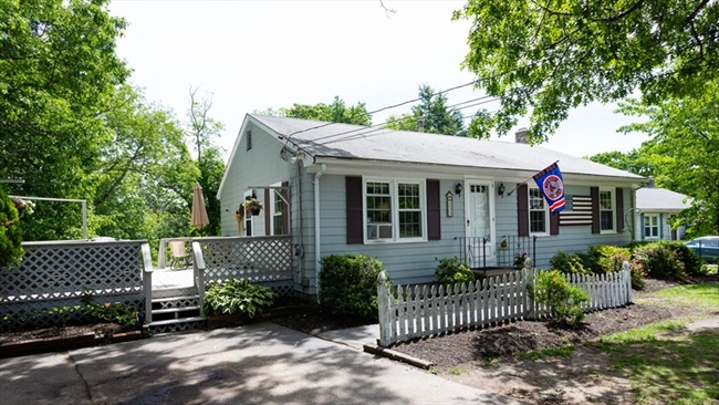 233 Phillips Street Attleboro MA 02703
