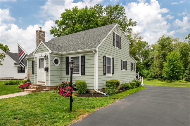 11 Springvale Road Reading MA 01867