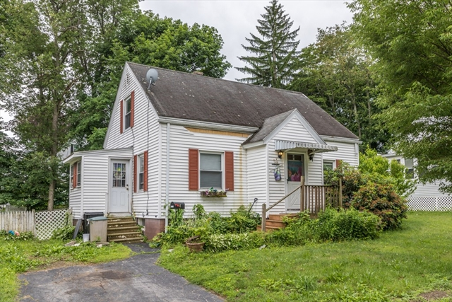 8 Park View Drive Worcester MA 01605