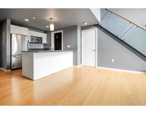 1 Earhart Street #325 Floor 3