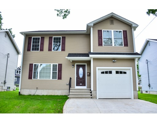 28 Laurence St, Springfield, MA 01104