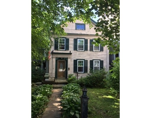 15 Main St, Chester, MA 01011