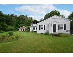 47 Maple Ave, Upton, MA 01568