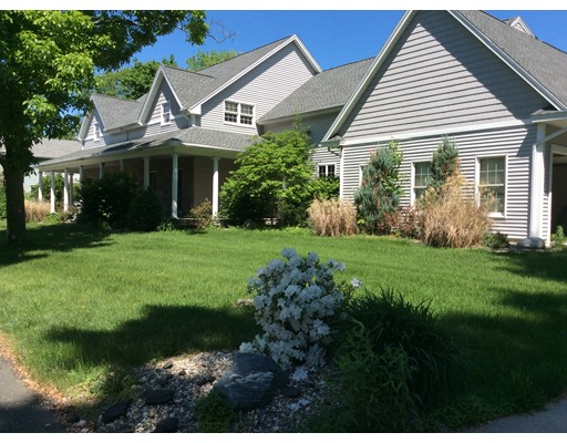 116 Grandview Ave, West Springfield, MA 01089