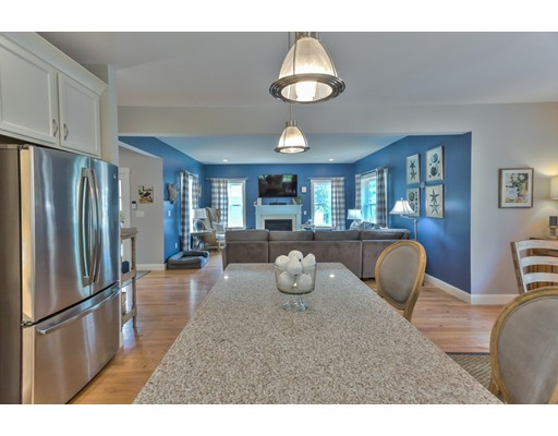 15 RiverBirch Way, Plymouth, MA 02360