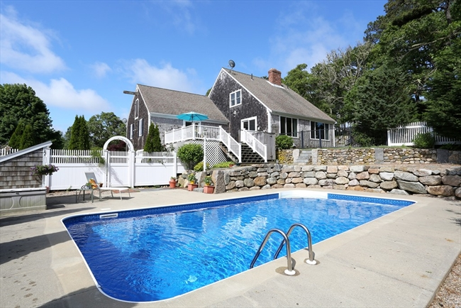 1296 Old Queen Anne Road Chatham MA 02633