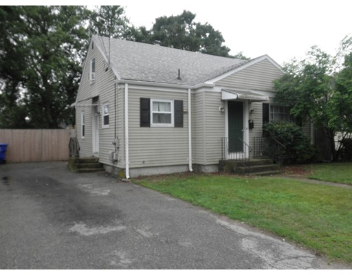 79 Flint Street, Pawtucket, RI 02861