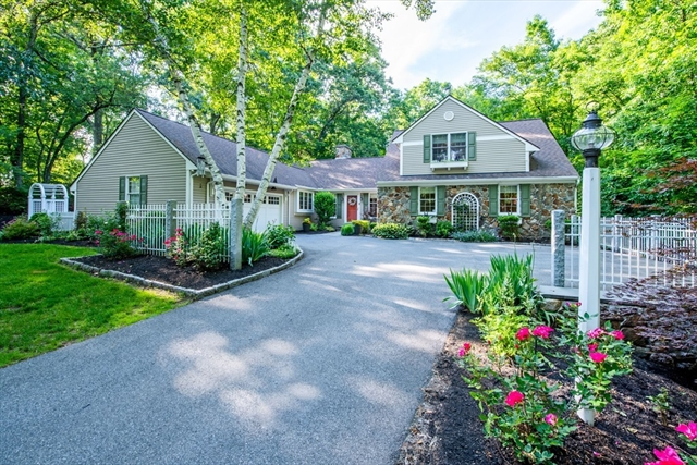 870 Great Pond Road North Andover MA 01845