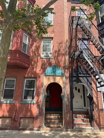 142 Chelsea Street Boston MA 02128