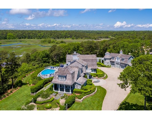 122 Pinquickset Cove Circle, Barnstable, MA 02635