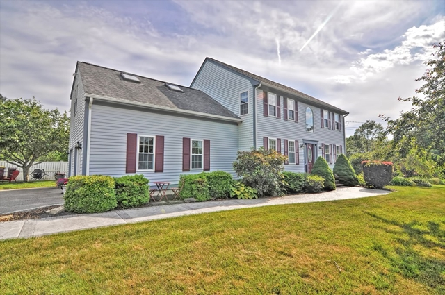 52 Pershing Avenue Acushnet MA 02743