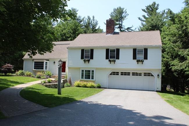 11 Smith Farm Trail Lynnfield MA 01940