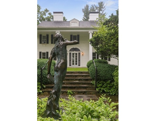 1046 Great Pond Road, North Andover, MA 01845