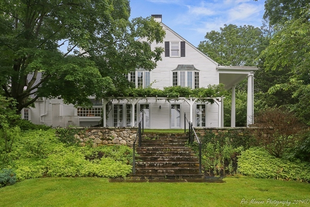 1046 Great Pond Road North Andover MA 01845