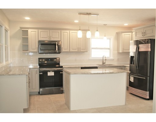 17 Field St, Southbridge, MA 01550