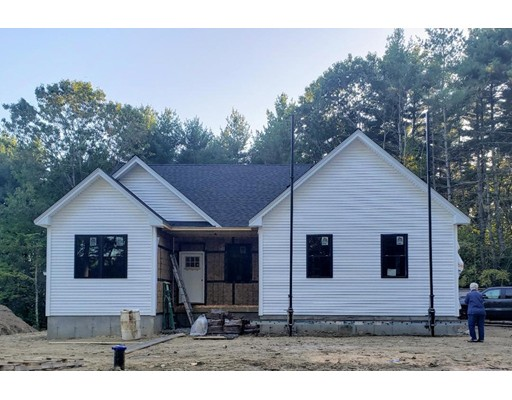 124 South Rd, Pepperell, MA 01463