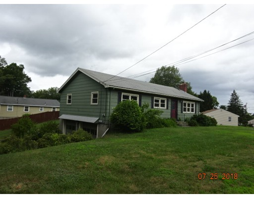 41 Woodruff Rd, Clinton, MA 01510