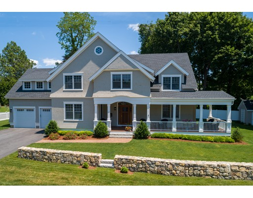 17 Cleveland St, Dartmouth, MA 02748